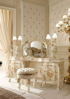 51 Classy Italian Bedroom Design And Decorating Ideas Decorating bedroom needs inspiration and suggestions to bring out fantastic together with soothing overall look. From traditional to contemporary and modern. Italian bedroom furniture is quality as… Upholstered Walls, Aesthetic Bedroom, Dream Rooms, Luxurious Bedrooms, Romantic Bedrooms, Romantic Home Decor, Luxury Rooms, Shabby Chic Bedrooms, My New Room