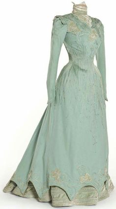 Mint green late Victorian loveliness. Dress 1898. #Victorian #1890s #fashion