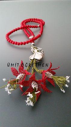 #iğneoyalıtesbih #iğneoyası #handmade #turkishlace #needlelace #needleknit #needleknot #elişi #göznuru #tespih #imame #sipariş #hediyelik #tespih #imame #necklace