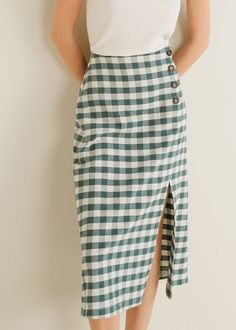 Pencil design Cotton and linen mix Gingham check fabric Side slit Side button fastening Checkered Skirt, Gingham Skirt, Dope Outfits, Skirt Outfits, Fashion Outfits, Bleistift Design, Mango France, Summer Lookbook, Gingham Check