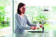 3N1 de InSinkErator, 3 funciones en un único producto. Dispensador de agua filtrada a punto de ebullición, agua caliente y agua fría. Disponible en 4 acabados: blanco perla, antracita, cromado y acero mate. // 3N1 de InSinkErator, 3 funções em um único produto. Dispensador de água filtrada a ferver, água quente e água fria. Disponível em 4 acabamentos: branco pérola, antracite, cromado e aço mate. #3N1 #InSinkErator #dake #dakecultoalacocina #dakepaixãopelacozinha