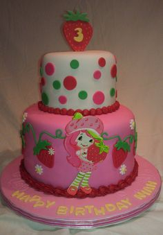 Oh auntie Trina. Strawberry Shortcake Birthday, Strawberry Cakes, Cupcakes, Cupcake Cakes, Cake Fondant, Unique Cakes, Creative Cakes, Beautiful Cakes, Amazing Cakes