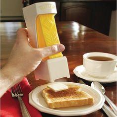 Olvidate de cortar la mantquilla con el cuchillo, este aparatejo lo hace por ti.