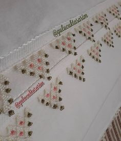 Needle Lace, Lace Making, Elsa, Diy And Crafts, Couture, Ideas, Bracelet Patterns, Dots, Needlepoint