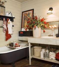 Salle de bain champêtre de rêve avec bain sur pattes