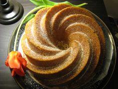 1977: Rum Cake
