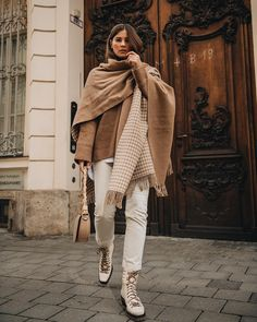 winter outfits layered 5 tolle Winter Outfits fr u - winteroutfits Winter Layering Outfits, Winter Outfits 2019, Winter Outfits Women, Casual Winter Outfits, Fall Outfits, Fashion Outfits, Outfit Zusammenstellen, Beige Outfit, Rain Fashion