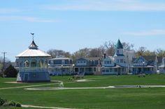 Oaks Bluff Martha's Vineyard, thats where i want my wedding