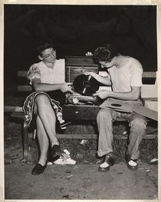 Weegee - After midnight in Washington Square Park, Folk Dance, ca. 1945.