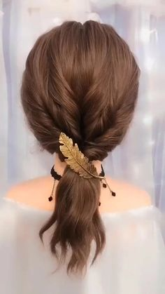 So lovely! The Effective Pictures We Offer You About flower girl hairstyles tutorial A quality pictu Simple Elegant Hairstyles, Easy Hairstyles For Long Hair, Cute Hairstyles, Wedding Hairstyles, Wedding Updo, Diy Wedding, Greek Hairstyles, Prom Updo, Waitress Hairstyles
