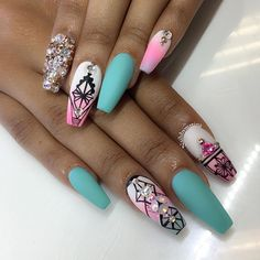 See this Instagram photo by @nailsbymztina • 7,798 likes