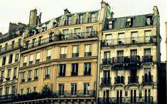 Parisian Wardrobe, French Capsule Wardrobe, Parisian Style, Parisian Fashion, Style Fashion, Fashion Tips, Parisienne Chic, White Burgundy, Visit France