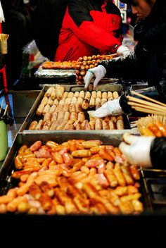 Korean street food by christian.oey, via Flickr.