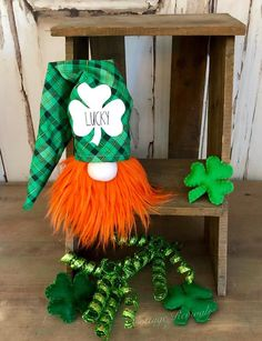 Your place to buy and sell all things handmade Diy Craft Projects, Crafts For Kids, Diy Crafts, St Patricks Day Decor Door, Irish Celebration, Yarn Animals, St Patrick's Day Decorations, Craft Free, Crafty