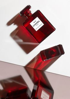Photography by Caroline Leeming at Swerve Represents #perfume #fragrance #chanel #red  Skincare Packaging, Chanel Makeup, Beauty Book, Advertising Photography, Red Aesthetic, Perfume Bottles, Cosmetics, Tom Ford, Pantone 2020