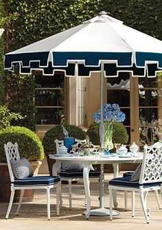 Gorgeous Garden Dining Options!