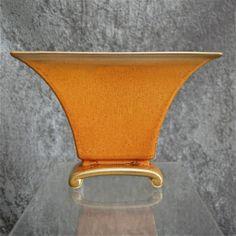 "Cowan Pottery Pillow Vase ""October"" Glaze, Ca. Pottery Ideas, Pottery Art, Vintage Pottery, Wood Pieces, Building Ideas, Bauhaus, Ceramic Art, Glaze, Arts And Crafts"