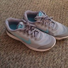 1e6c4dfca21 Womens nike reax run 5 running shoes size 8 white silver pink 407987 ...