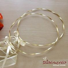 Stefana gamou Gold wedding crowns, gold plated matte at an affordable price and a luxury crown box at the asimenio in Thessaloniki. Greek Wedding, Sister Wedding, Wedding Day, Gold Wedding Crowns, Wedding Bands, Flower Decorations, Wedding Decorations, Orthodox Wedding, Wedding Wreaths