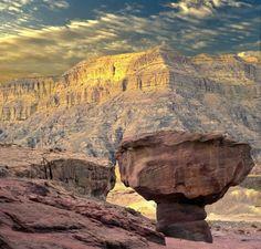Patrimonio de la humanidad de la UNESCO El Parque Timna alberga las primeras minas de cobre del mundo, excavadas hace unos 6.000 años.