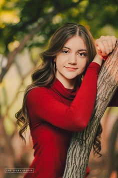 # girl pose Stephanie's Seniors Senior Portraits Girl, Senior Girl Poses, Girl Senior Pictures, Girl Photo Poses, Senior Girls, Male Portraits, Boy Poses, Pics Of Girls, Picture Poses