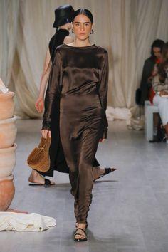 Albus Lumen Sydney Fall 2018 Fashion Show Collection: See the complete Albus Lumen Sydney Fall 2018 collection. Look 7