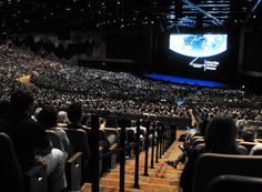 Epic Systems shows off its new Deep Space auditorium as customers gather for annual meeting : Wsj