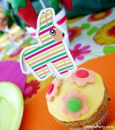 Cinco de Mayo and Mexican Fiesta Party Ideas - Great for a Pinata themed birthday party too!