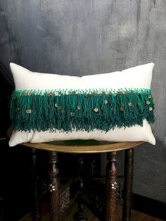 Boho Moroccon Wedding Pillow - Moroccan cushions seem exotic. Moroccan decorative cushions normally are available in a variety of shapes, sizes and color. These traditional things are extremely similar to body cushions in the usa. Decorative Cushions, Scatter Cushions, Decorative Items, Moroccan Cushions, Boho Pillows, Diy Pillows, Throw Pillows, Green Pillows, Pillow Ideas