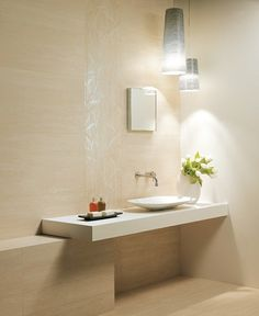 pierre travertin et salle de bain moderne