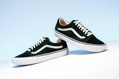 9919cb9bbdc065 The Supreme x Vans Old Skool Pro keeps it classic with OG look and  iridescent details