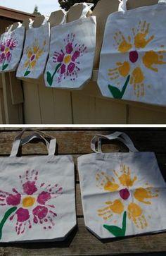 cadeau-pour-la-fête-des-mères-sacs-en-tissu-avec-fleurs-aux-empreintes-de-paumes