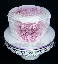 Rose ruffle cake in ombre mauve.