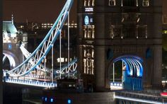 Last year for the Olympic Games, the city of London has decided to rely on new lighting technologies, setting up in the famous Tower Bridge cabling systems and LED lighting innovative and eco-friendly.