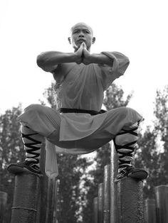 o quase surreal treinamento dos monges shaolin