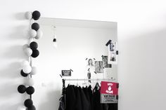 FRICHIC - House Tour with Plumen: Walk-in Closet