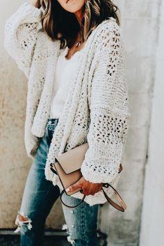 obsessed with this chunky knit sweater