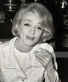 media.gettyimages.com photos marlene-dietrich-picture-id79800101