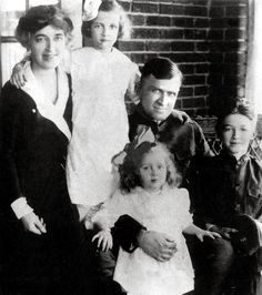 Jimmy Stewart with family, circa 1920