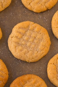 The BEST Easy 3 ingredient flourless sugar free peanut butter cookies recipe made with NO eggs, keto, vegan and ready in 12 minutes- Almond butter option too! Sugar Free Peanut Butter Cookies, Flourless Peanut Butter Cookies, Peanut Butter Cookie Recipe, Sugar Cookies Recipe, Cookie Recipes, Sugarless Cookies, 3 Ingredient Sugar Cookie Recipe, Good Healthy Recipes, Healthy Snacks