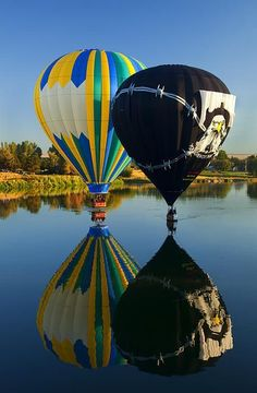 River Dance- A pair of Hot air balloons dance across the Yakima River near Prosser, dipping their baskets in the River. Air Ballon, Hot Air Balloon, Balloon Rides, Above The Clouds, Paragliding, Dance Art, Zeppelin, Beautiful Images, Cool Photos