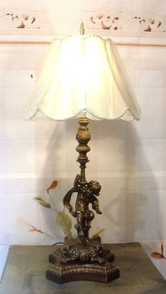 Antique Vintage Cherub Angel Table Lamp Light Fixture with Shade R