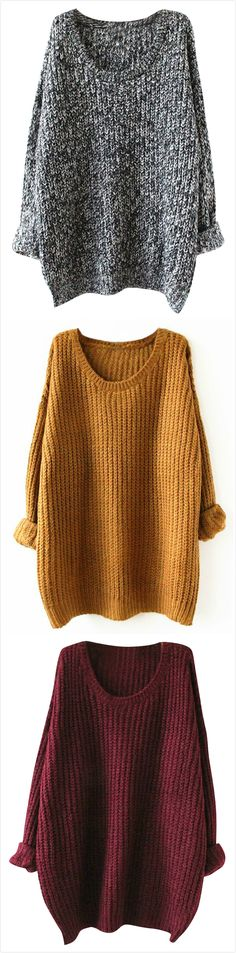 Oversized sweater for a Fall day says comfort and street style