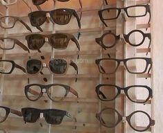Membuat Kacamata Dari Limbah Kayu