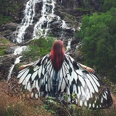 Nymph butterfly wings from @alassie available on her etsy page #cape #cloak #butterflywings #butterflycape #bohostyle #bohodress #festivalclothing #costumedesign #giftsforher #etsyclothing #etsygift #wings #artsy #crafty #fashiongram #fashion #fasionart #artdesign #unknown #embracetheunknown #theunknownemporium #tue