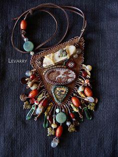 Nastasiya ILyashevich bead embroidery with exposed backing