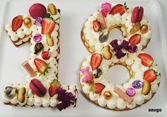 Pastel de números | Magia en mi cocina | Recetas fáciles de cocina paso a paso Number Birthday Cakes, 18th Birthday Party, Number Cakes, Birthday Lunch, Beautiful Birthday Cakes, Sweet Coffee, Candy Table, Sweet Cakes, Sweet Recipes