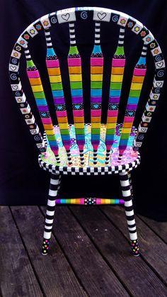 my singing heart art: My Happy Chair Furniture Fix, Funky Furniture, Refurbished Furniture, Repurposed Furniture, Furniture Makeover, Chair Makeover, Furniture Refinishing, Colorful Furniture, Furniture Design