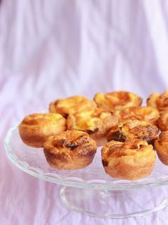 PORTUGUESE TARTS  INGREDIENTS :  1 sheet of puff pastry  3 egg yolks  1/2 cup caster sugar  2 tablespoons cornflour (cornstarch)  1/2 cup heavy cream  2/3 cup milk  2 teaspoons pure vanilla extract