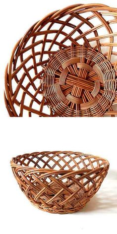 -Vintage, old-fashioned, and Showa-retro lifestyle tools - Old sento basket You are in the right place about cheap DIY decorating Here we offer you the most b - Bamboo Art, Bamboo Crafts, Newspaper Basket, Newspaper Crafts, Willow Weaving, Basket Weaving, Pine Needle Crafts, Basket Crafts, Paper Weaving